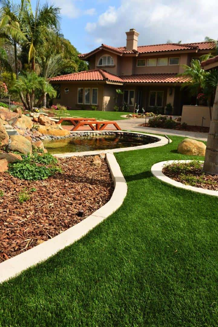 Artificial lawn Hollywood Florida real looking no maintenance