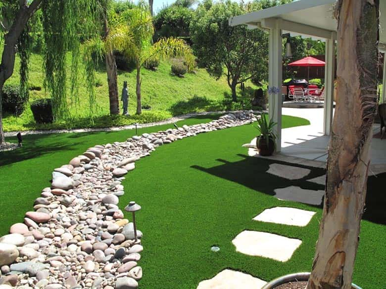Tampa artificial grass
